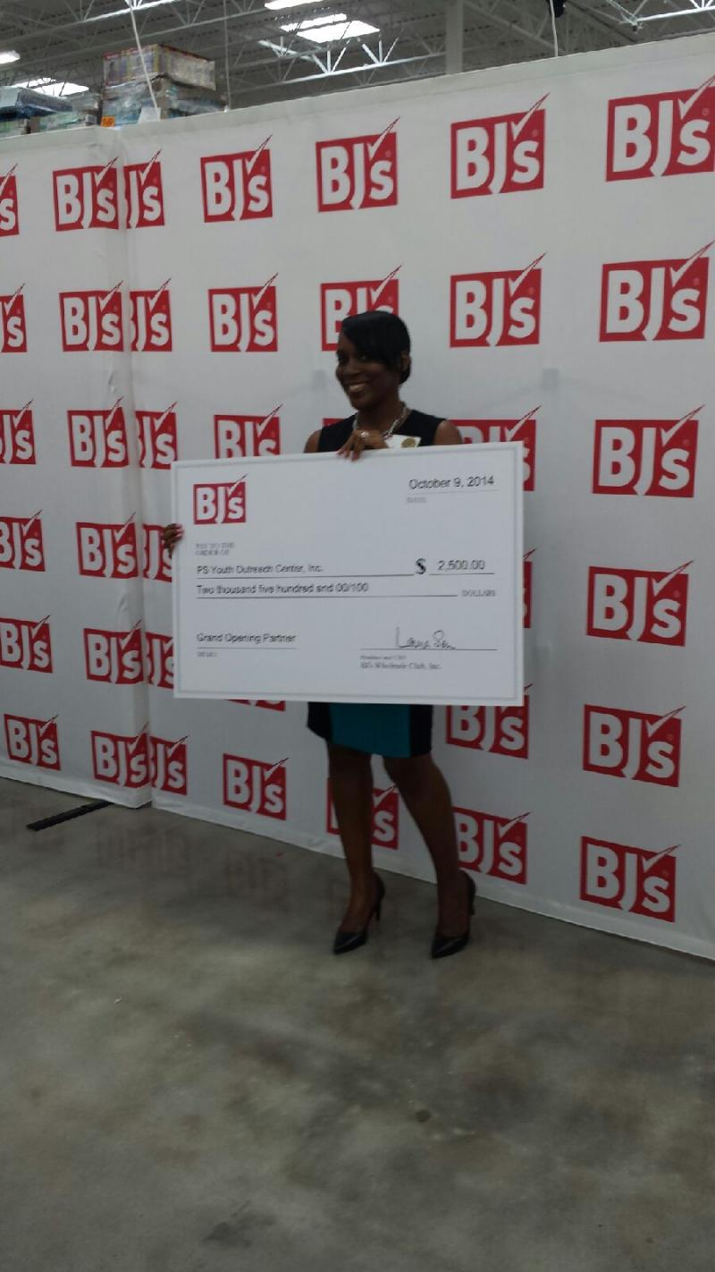 Paula S. Scott (President), receives award/recognition for PS Youth from BJ's!